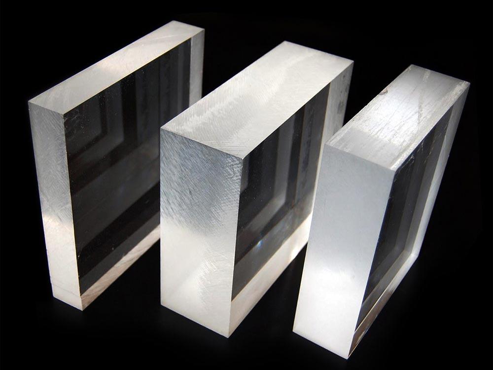 Underwater Windows® se agrega a Plano Plastics Group.